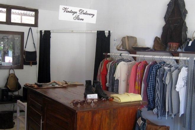 Iron round 360 degree rotating display rack clothing store shelv