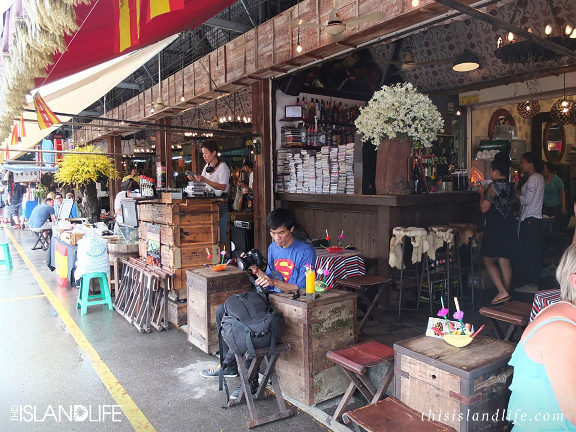 chatuchak-weekend-market-bangkok-thailand-this-island-life-31