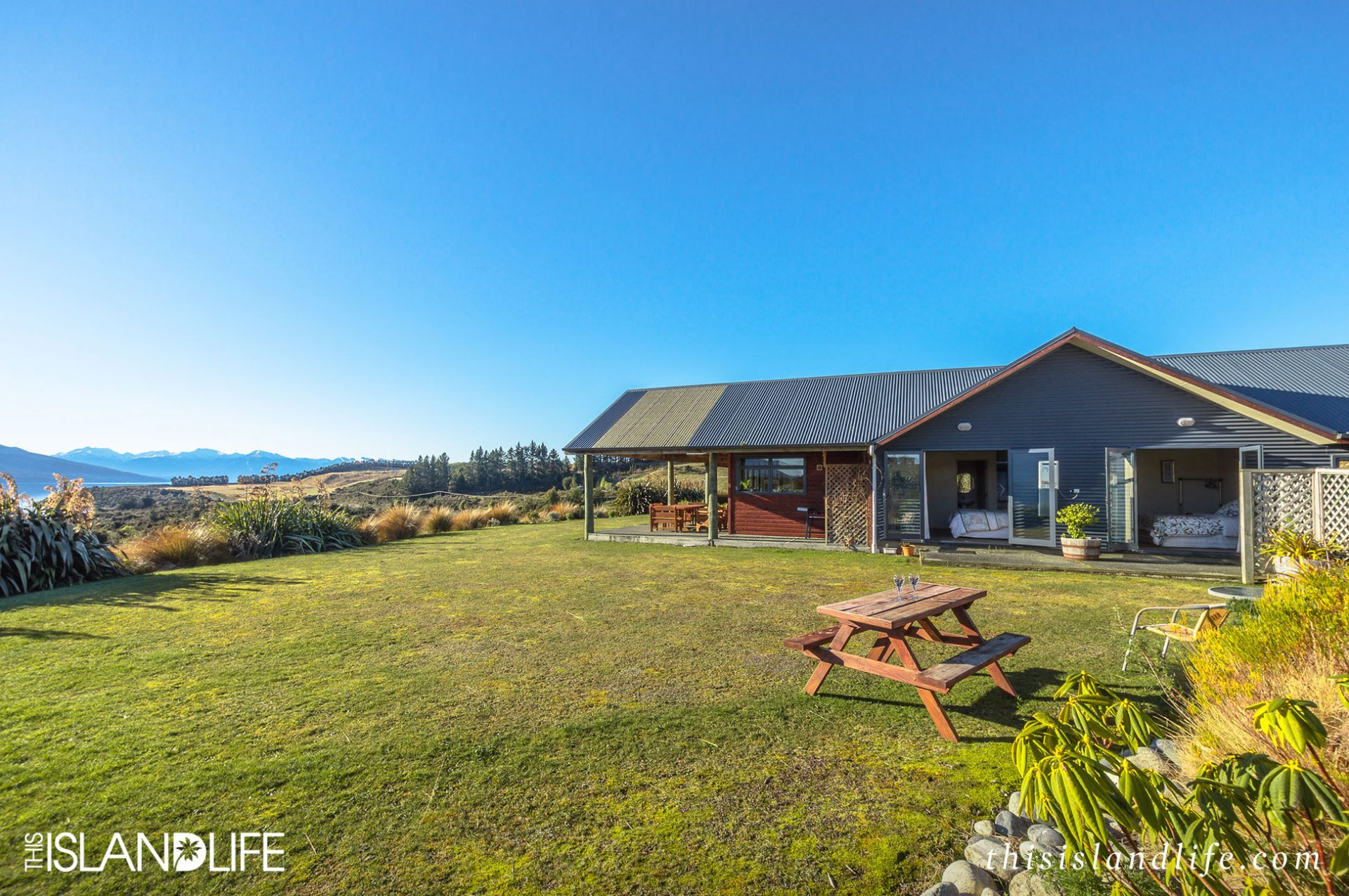 THIS ISLAND LIFE | Loch Vista in Te Anau